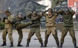 """Nghị sĩ Nga nói Kiev lây bệnh cho Mỹ, đe dọa """"hủy diệt Ukraine"""" vì Tổng thống Trump"""