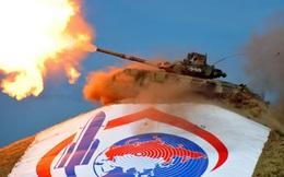 """Ba Lan định """"thiêu rụi"""" T-90 bằng cơn thịnh nộ: Loạt giả thuyết u tối bủa vây siêu tăng Nga"""