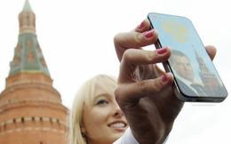"""iPhone sẽ bị cấm bán tại Nga nếu không cài ứng dụng """"nhà làm"""""""