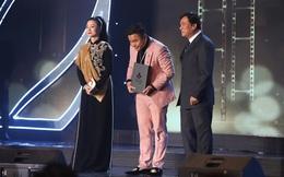 """Đạo diễn """"Cua lại vợ bầu"""" thắng giải Biên kịch xuất sắc nhất tại LHP Việt Nam 2019"""