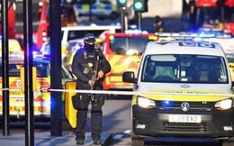 Vụ đâm dao ở cầu London: Cảnh sát xác định là vụ tấn công khủng bố, nghi phạm bị bắn chết ở hiện trường