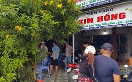 Lời khai của thanh niên cầm búa đập tủ kính, cướp tiệm vàng Kim Hồng ở Long An