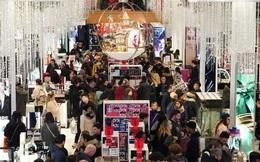 Black Friday: Dân Mỹ xếp hàng rồng rắn săn đồ sale, trung tâm mua sắm đông nghẹt