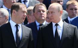 """Kinh tế trì trệ, tỉ lệ ủng hộ sụt giảm: Ông Putin còn kiên nhẫn đến khi nào trước khi """"mạnh tay""""?"""