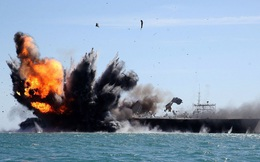 """Chuyên gia Nga mách nước: Chỉ 1 đòn tấn công, toàn bộ hàng không mẫu hạm của Mỹ """"đi tong"""""""