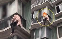 Cãi nhau với chồng, người vợ trẻ trèo ban công đòi tự tử