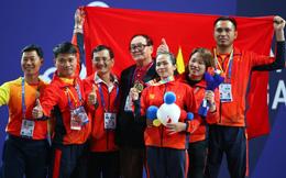 TRỰC TIẾP SEA Games ngày 1/12: Võ gậy lập đại công, Việt Nam cán mốc 10 HCV