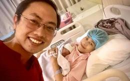 MC Phí Thùy Linh đau đẻ sát giờ bóng lăn, chồng vừa hóng con vừa cổ vũ đội tuyển Việt Nam nhiệt tình