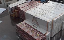 Vận chuyển mua bán 73 cây thuốc lá lậu, nữ chủ tiệm cùng người làm công bị phạt 110 triệu đồng