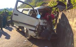 2 người chết, 6 người bị thương khi xe của Trung tâm dạy nghề trẻ tàn tật đâm vào vách núi