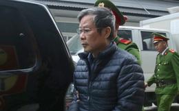 Hình ảnh mới nhất phiên xét xử vụ MobiFone mua AVG: ông Nguyễn Bắc Son, Trương Minh Tuấn tới tòa