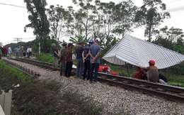 Đi vệ sinh bên đường ray, người phụ nữ bị tàu tông tử vong
