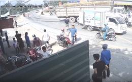 Hai vợ chồng đi ăn giỗ băng qua ngã tư bị xe tải cán thương tâm