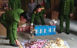 Phát hiện 20 tấn đồ chơi trẻ em, bánh kẹo không rõ xuất xứ