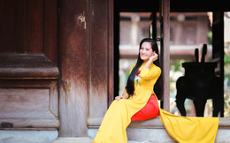 Lần hiếm hoi diện áo dài của diễn viên Minh Cúc
