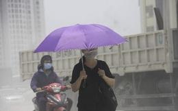 Ô nhiễm không khí tại Hà Nội: Không thể ngồi đợi… trời mưa