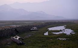 """Hồ nước ngọt lớn nhất TQ """"chết khô"""": Ngư dân nổi giận nói thẳng đập Tam Hiệp là """"hung thủ"""""""