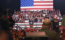 """Tỷ lệ ủng hộ tươi sáng sau luận tội, TT Trump tuyên bố đảng Dân chủ sẽ """"trả giá"""" vào bầu cử 2020"""