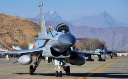 Lạnh nhạt với chiến đấu cơ Trung Quốc, Pakistan ve vãn Su-35: Tương lai J-10 sẽ ra sao?