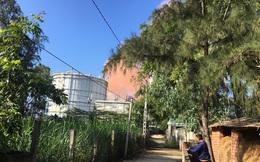 Khói bụi từ Nhà máy Thép Hòa Phát- Dung Quất có màu nâu đỏ