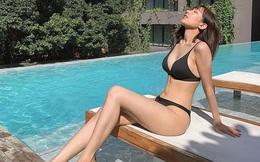 Ít ai nghĩ ca sĩ nổi tiếng này lại có nhiều ảnh bikini nóng bỏng như vậy