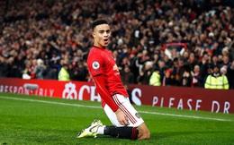 """Man United đập tan """"cái dớp"""" kỳ lạ; Liverpool chạm một tay vào chức vô địch Premier League"""