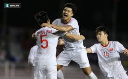 """Hà Đức Chinh được """"sát thủ"""" của U22 Indonesia khen hết lời trên trang chủ FIFA"""