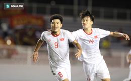 Hà Đức Chinh đi kiểm tra doping sau chiến thắng nhọc nhằn trước U22 Singapore