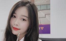 Bạn gái Văn Toàn lần đầu khoe mặt mộc, so với ảnh selfie sống ảo thì chấm mấy điểm đây nè?