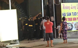 Nhân viên karaoke khóa cửa, công an bẻ khóa bắt nhóm thanh niên phê ma túy ở Đồng Nai
