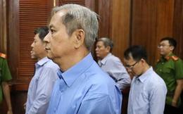"""Nguyên Phó Chủ tịch UBND TP HCM Nguyễn Hữu Tín nghẹn ngào ở phiên xử: """"Bị cáo rất hối hận"""""""
