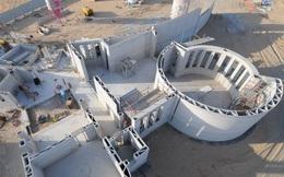 Tòa nhà ở Dubai này là cấu trúc in 3D lớn nhất thế giới: Chỉ cần 3 công nhân và một máy in để xây dựng hoàn thiện