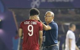 """Hai lần """"mắc lỗi"""", Đức Chinh may mắn không ném đi bàn thắng thứ 2 của U22 Việt Nam"""