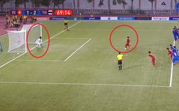 """Dùng tiểu xảo để cản penalty của U22 Việt Nam, thủ môn Thái Lan bị trọng tài """"bắt thóp"""""""
