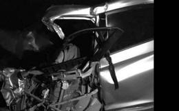 """Tài xế ô tô con tử vong trong cabin sau cú """"đấu đầu"""" xe khách ở Bắc Giang"""