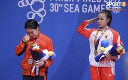 Võ sĩ Karatedo Việt Nam bật khóc trên bục nhận giải: Ấm ức không phục phán quyết cảm tính của tổ trọng tài