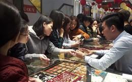 Tục thờ Thần Tài và mua vàng trong ngày vía Thần Tài qua chia sẻ của chuyên gia