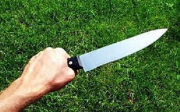 Nam nhân viên 18 tuổi bị đâm chết ở quán nhậu