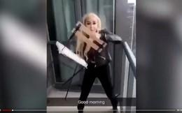 Video: Cô gái trẻ vứt ghế từ ban công cao ốc xuống đường gây nguy hiểm