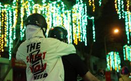 Đường phố Sài Gòn lung linh huyền ảo trong những ngày cuối năm