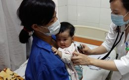 Dịch sởi lan nhanh, cảnh giác với biến chứng viêm phổi, viêm não, bội nhiễm