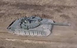 """""""Áo giáp"""" siêu độc đáo trang bị cho tăng T-80BVM, áp dụng được cho cả T-90S/SK?"""