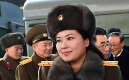 Trưởng nhóm nhạc nữ nổi tiếng Triều Tiên theo đoàn Chủ tịch Kim Jong Un tới Hà Nội