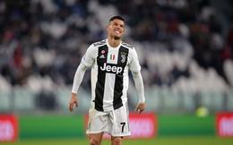"""Lập cú đúp, Ronaldo vẫn thất vọng bởi cú """"chết đứng"""" trong cay đắng của Juventus"""