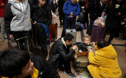 Ảnh: Gian nan hành trình về quê ăn Tết của người Trung Quốc