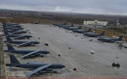 """""""Siêu pháo đài bay"""" B-52 Mỹ tiếp tục gây choáng với số lượng cực lớn tham gia tập trận"""