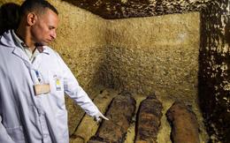 Mở lăng mộ hơn 2.000 năm tuổi, giới khảo cổ sửng sốt với thứ bên trong