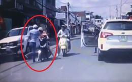 Mời tài xế ô tô đánh phụ nữ chở con nhỏ ngày mùng 1 Tết đến trụ sở công an làm việc