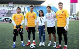 Cùng đội bóng mới, Văn Lâm tham gia hoạt động đầy ý nghĩa trên đất Campuchia