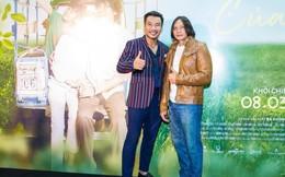 """Ngôi sao Thái thu hút sự chú ý khi xuất hiện tại buổi ra mắt phim """"Hạnh phúc của mẹ"""""""